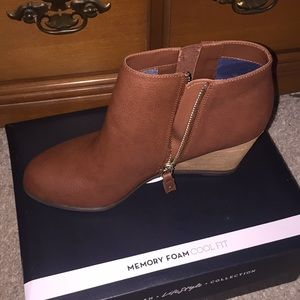 New size 10 Dr Scholl's wedge bootie